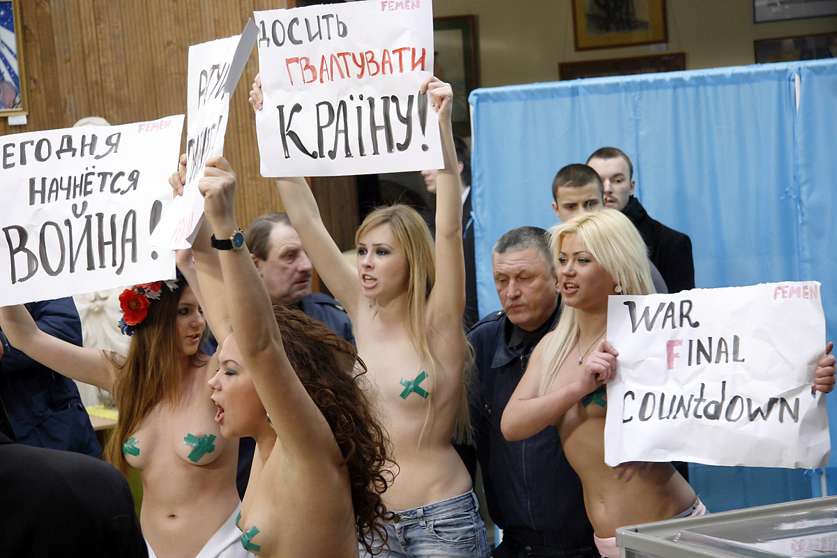 Election_Protest_Crucified_Ukraine